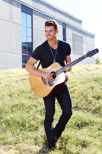 SOLD OUT Meet Greet With Luke Pell From ABCs The Bachelorette